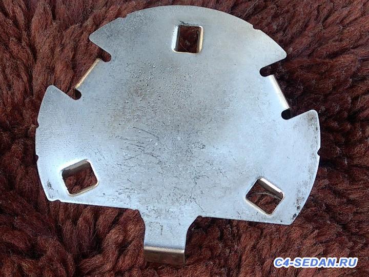 Тормозной суппорт, тормозные диски и колодки - 8.jpg